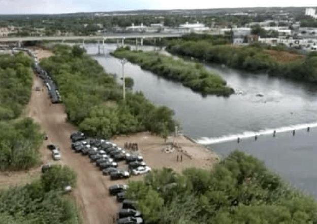 Texas Governor Sends Highway Patrol, National Guard to Block Migrants at Border Image-1506