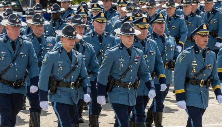 State police union says dozens of troops will resign over vaccine mandate Image-2086